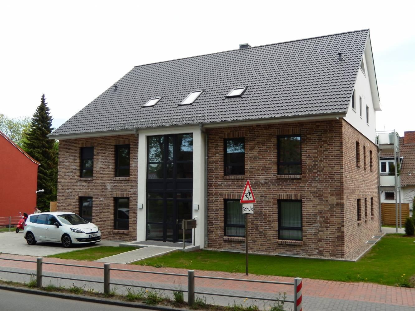 Mehrfamilienhaus